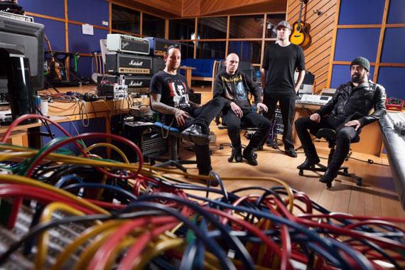 Volbeat-Rob-Caggiano-2013