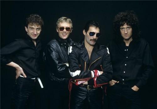 Queen group studio 1982
