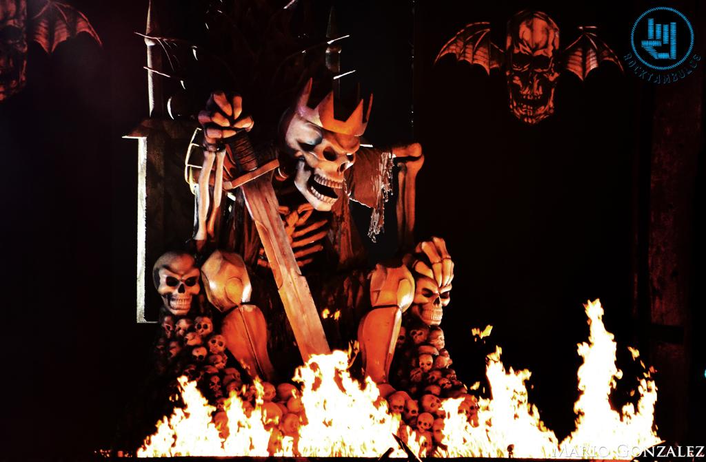 El escenario de Avenged Sevenfold