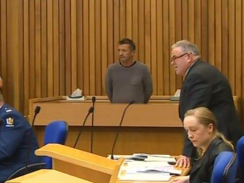 Phil Rudd en la corte